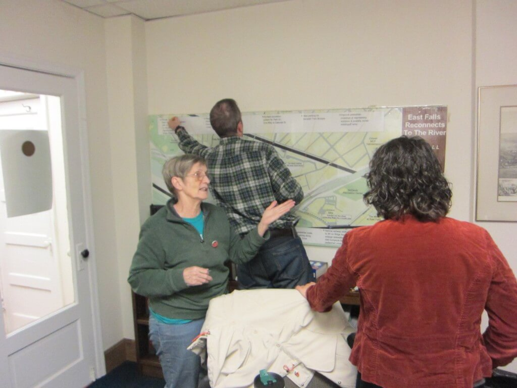 11-6 Throwback thurs meeting Carolyn Sutton with Juliet Steve giant map