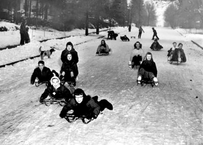 EastFallsLocal street sledders 1950s