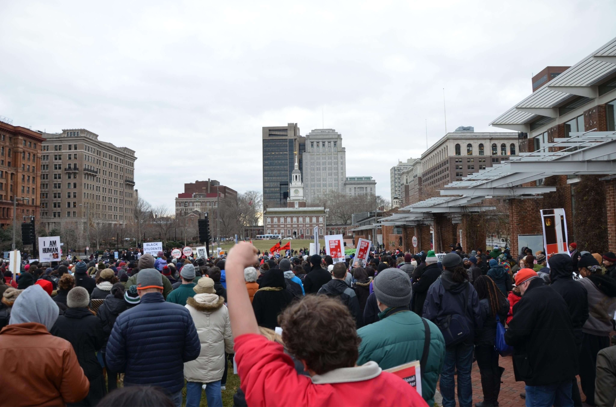 Helen MLK crowd at old liberty bell plaza